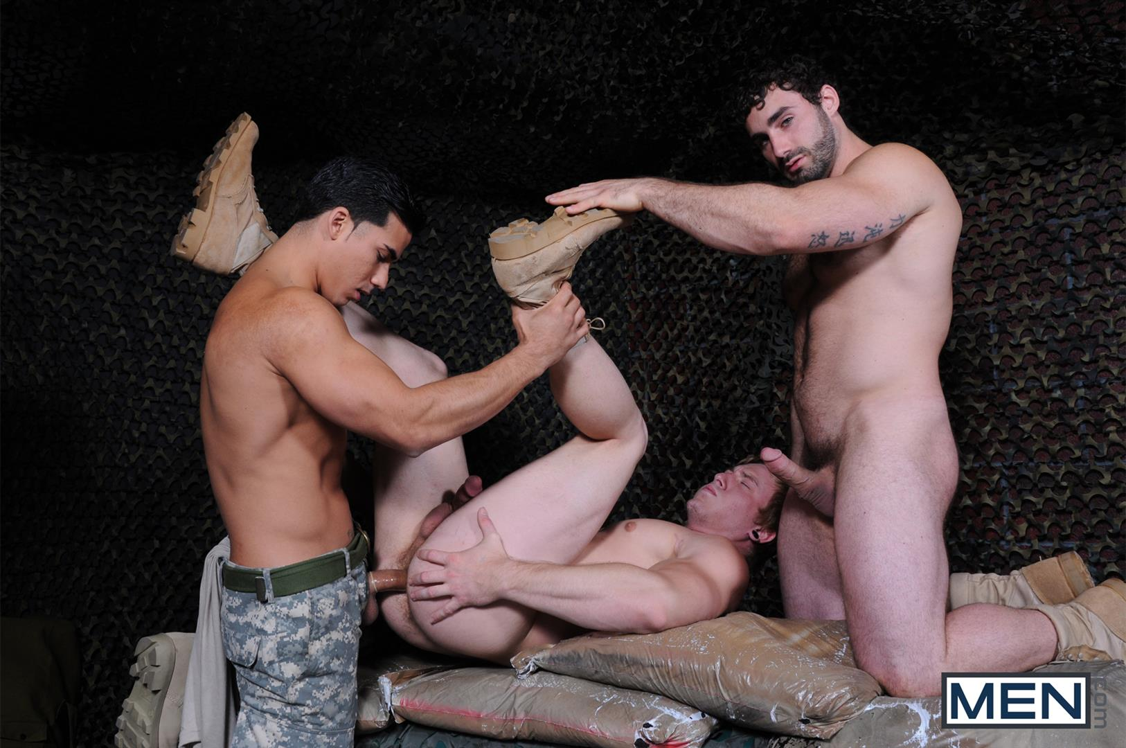 Men-Tour-of-Duty-Jaxton-Wheeler-and-Tom-Faulk-and-Topher-Di-Maggio-Army-Guys-Fucking-Amateur-Gay-Porn-10 Tom Faulk Getting Fucked by Topher DiMaggio and Jaxton Wheeler