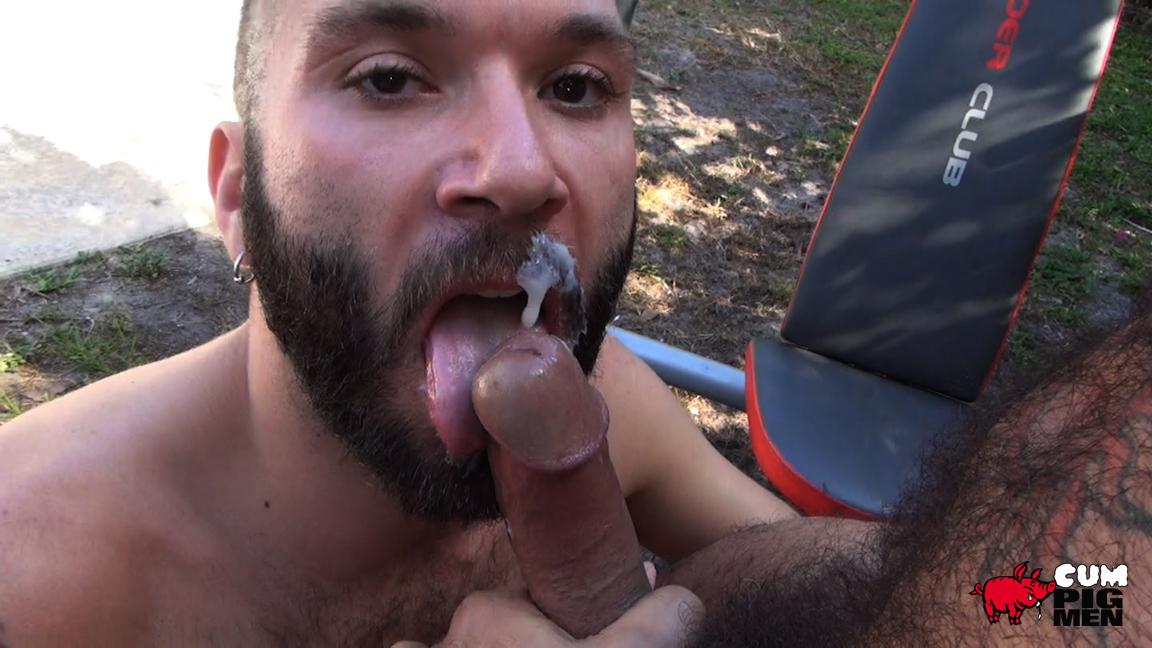 Cum-Pig-Men-Alessio-Romero-and-Ethan-Palmer-Hairy-Muscle-Latino-Daddy-Cocksucking-Amateur-Gay-Porn-29 Hairy Latino Muscle Daddy Gets A Load Sucked Out And Eaten