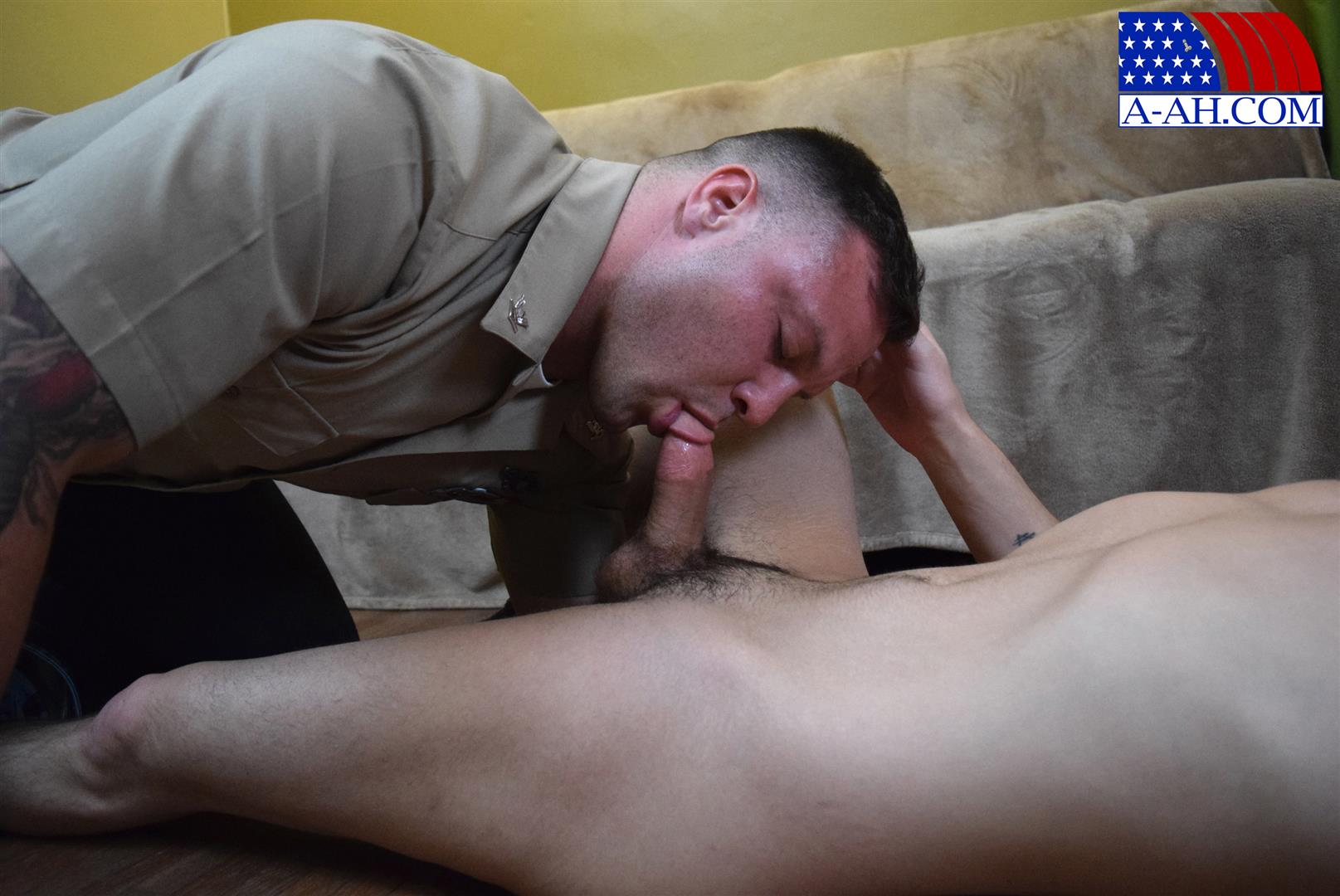 All-American-Heroes-Naked-Navy-Guy-Barebacking-a-Muscle-Twink-Amateur-Gay-Porn-04 Muscular Navy Corpsman Barebacking His Younger Workout Partner