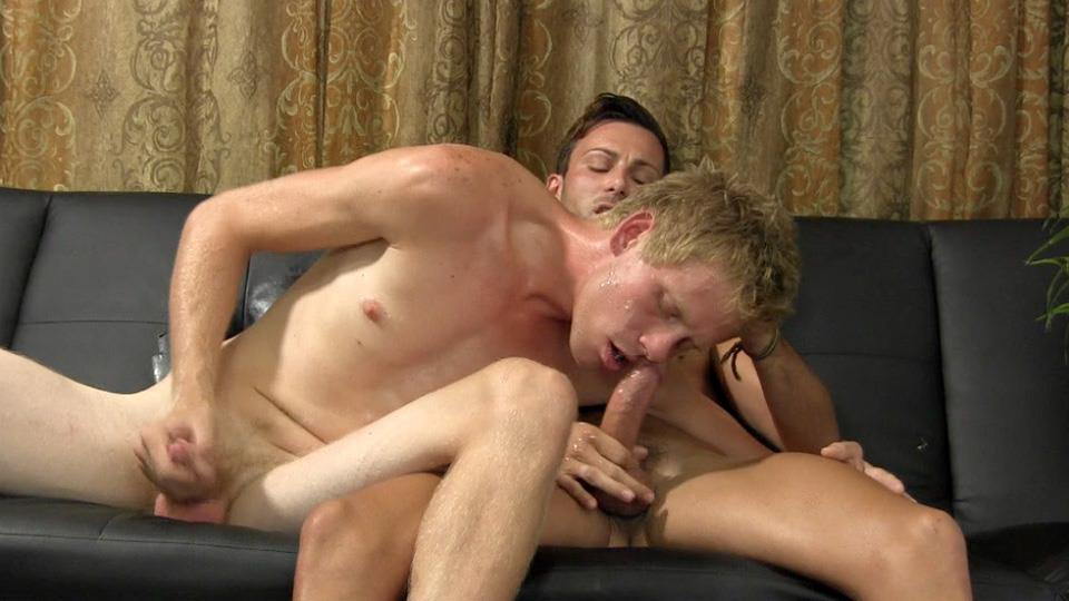 Straight-Fraternity-Jason-Straight-Guy-Sucks-His-First-Cock-Uncut-Dick-Amateur-Gay-Porn-23 Straight Hunk Auditions For Gay Porn By Sucking Cock & Eating Cum